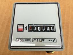 Grasslin Hour Meter WZ48/5 110 Volt AC Timer Panel Mount NOS
